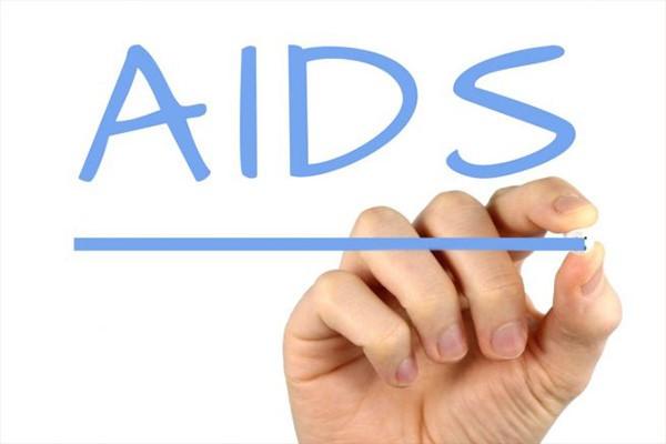 داشتن نسلی به دور از بیماری ایدز